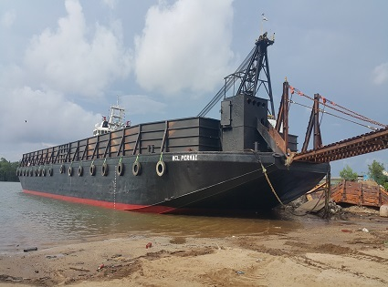 240ft barge - MCL Permai